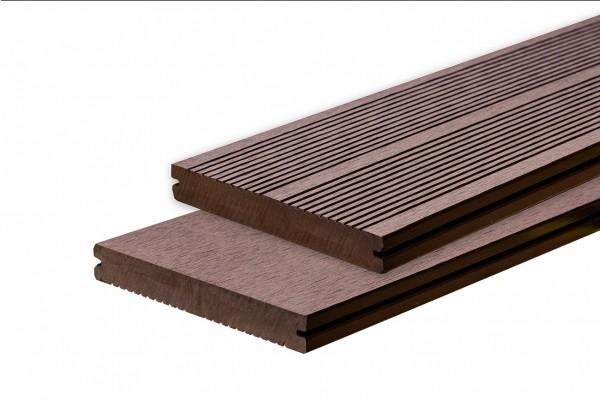WPC BasicDeck Solid Nussbaum 19x140mm in glatt und franz. geriffelt