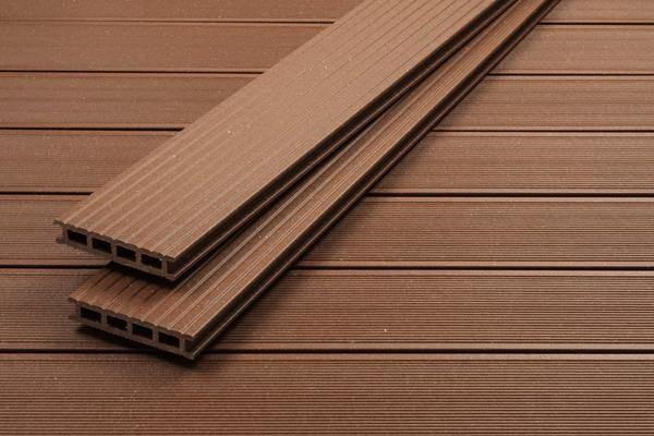 UPM ProFi Deck 150 Terrassendiele in Herbstbraun