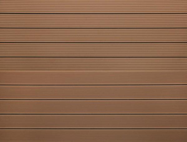 WPC massiv Terrassendiele 22 x 143mm Hellbraun gerillt / genutet in 4 Längen