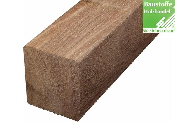 Bongossi Holz Unterkonstruktion 85x85mm fein geriffelt