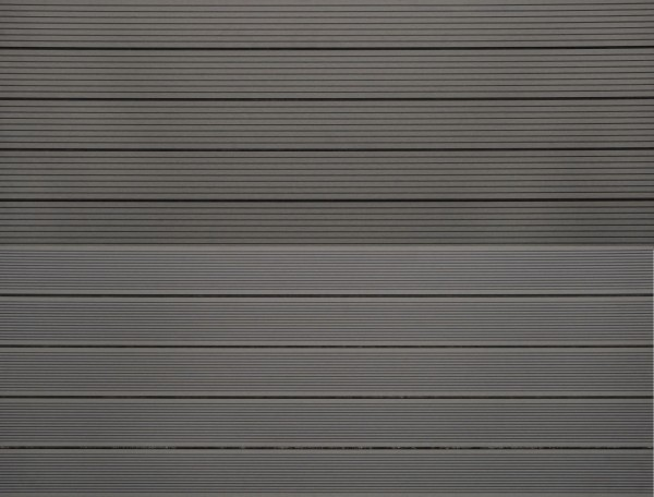 WPC massiv Terrassendiele 22 x 143mm Hellgrau gerillt / genutet in 4 Längen